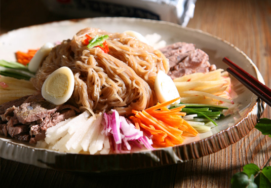 Tray Doongji Cold Noodle